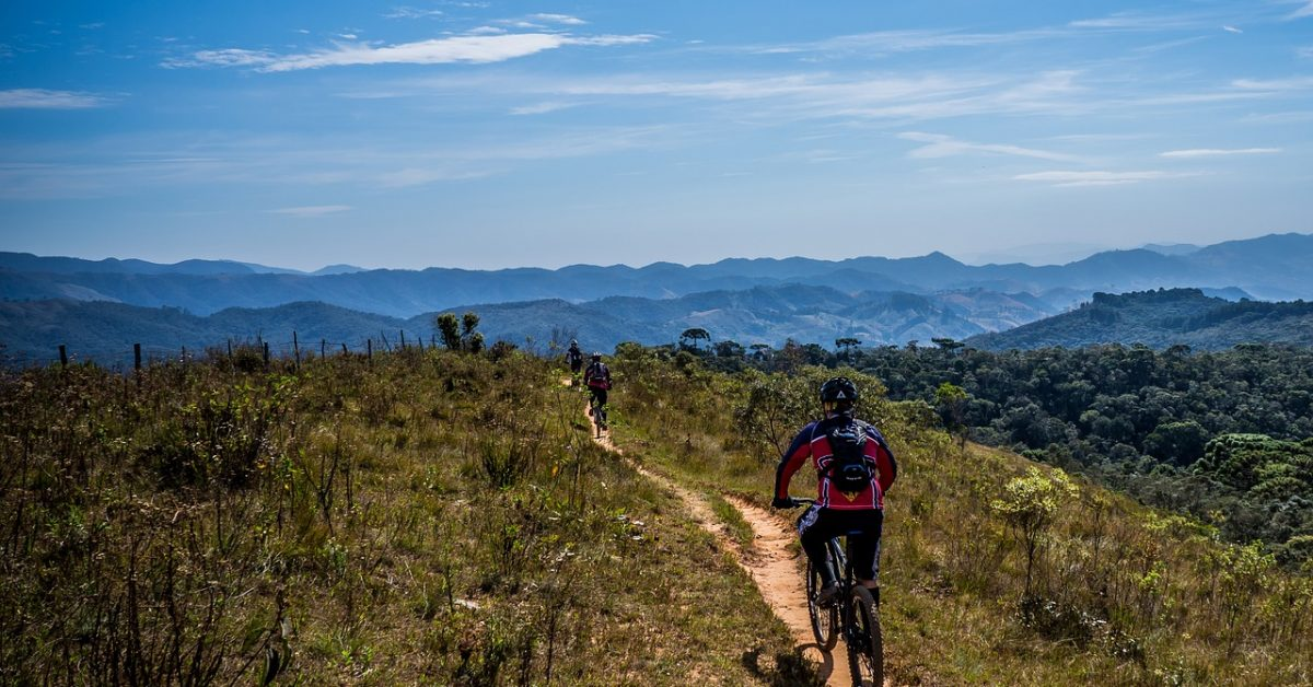 cycling-1533265_1280